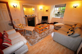 Beautiful 2 bed fully furnished basement flat in Edinburgh's New Town available September