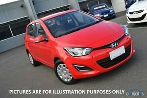 2015 Hyundai i20 PB Active Red Automatic Strathmore Heights Moonee Valley Preview