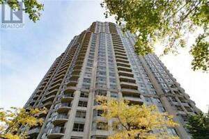 Beautiful Condo,2+1Br,2Wr,35 KINGSBRIDGE GARD CIRC, Mississauga