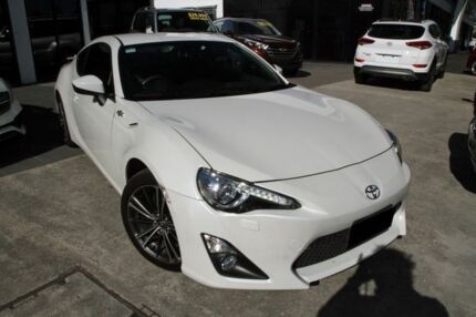 2015 Toyota 86 ZN6 GTS White 6 Speed Manual Coupe