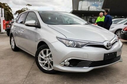2015 Toyota Corolla Silver Constant Variable Hatchback