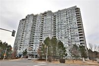 **HUGE 1700sq Thornhill condo - Vaughan * FEELS LIKE A BUNGALOW