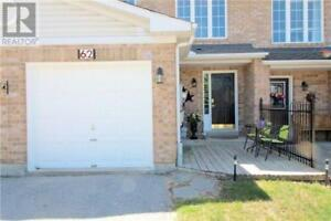 TOWNHOUSE FOR RENT: 3 BEDROOM, 2 BATH ALL MAJOR APPLIANCES