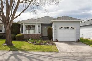 Rancher in Desirable Kelowna Community of Sandhaven!