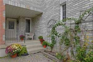AJAX END UNIT FREEHOLD TOWNHOME!!! 4BED 3BATH!!!!!!!