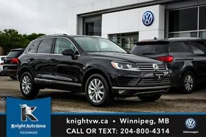 2015 Volkswagen Touareg AWD w/ Leather/Sunroof