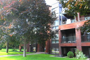 Condo Pierrefonds with Parking