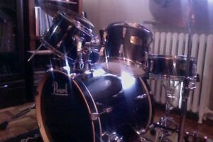 Pearl ELX Export Series With. Tama SpeedCobra double Pedals