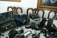 LOT D APPAREILS PHOTO CANON ,MINOLTA,PENTAX LENS BAGS ECT..