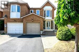 42 Queensmill Crt Richmond Hill Ontario Great house for sale!