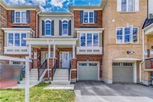 STUNNING 3 BEDROOM NEAR GO TRAIN - ONLY FEW YEARS OLD