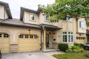 Over 2200 Sq Ft!! 2 Storey Condo Townhouse 3 Bed / 4 Bath