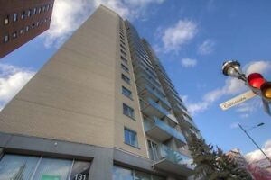 Jr. 1 Bdrm available at 135 East Sherbrooke street, Montreal