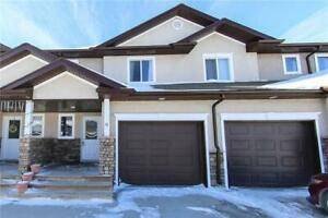 Stunning townhouse for rent in Niverville