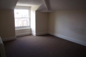 Choice of 1 bedroom unfurnished flats at West wood, Scarborough, close to the train station