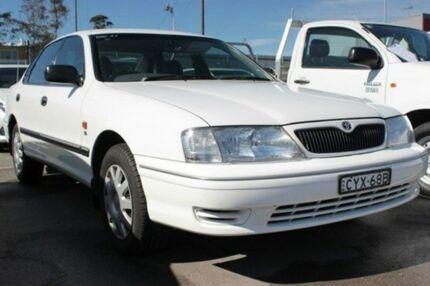 2002 Toyota Avalon MCX10R Conquest White 4 Speed Automatic Sedan Cardiff Lake Macquarie Area Preview