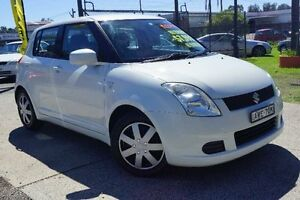 2005 Suzuki Swift White Manual Hatchback Oak Flats Shellharbour Area Preview