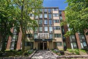 Hot Deal! 3 bed condo in Heart of Pickering