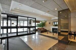 1168Sqft 2 Bdrm + Den Condo Apt In The Heart Of Mississauga