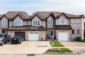 An Open Concept  2 Storey Home  W/ 3 Spacious Bedrooms