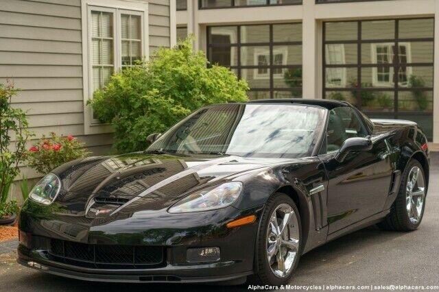 2010 Black Chevrolet Corvette Grand Sport 3LT | C6 Corvette Photo 4