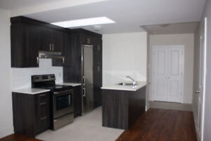 Beautiful Condo Style Apartment-All Included-5580 Legare,CDN-NDG