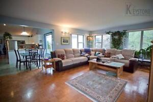 6 BEDROOMS TRANSCONA HOUSE FOR RENT FROM MARCH 15, 2017 !