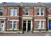Bright, spacious 3 bed upper flat for sale 5 min walk from Saltwell Park