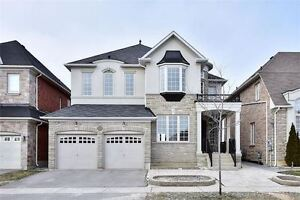 Stunning 3600 Sq Ft Home In Prime Richmond Hill Location