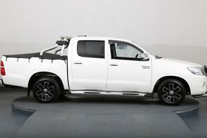 2014 Toyota Hilux GGN15R MY12 SR White 5 Speed Automatic Dual Cab Pick-up Smithfield Parramatta Area Preview
