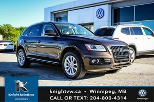 2013 Audi Q5 2.0L Premium AWD w/ Sunroof/Navigation/Remote Star