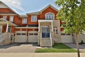 BEAUTIFUL 3 BEDROOM TOWNHOUSE FOR RENT IN OAKVILLE