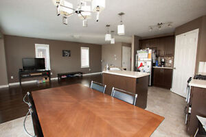Amazing Huge 5 Bedroom With A Second Family Room On Second Floor London Ontario image 3