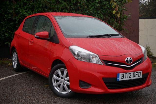 TOYOTA YARIS 1.3 VVT-I TR 5d AUTO (red) 2012