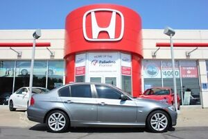 2011 BMW 3 Series 323i - STYLE LUXURY AND COMFORT -