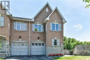 Well Maintained,4+1Beds,4Baths,25 BELLA VISTA WAY, Toronto