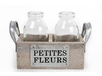 Petites Fleurs little wooden box with bottle vases