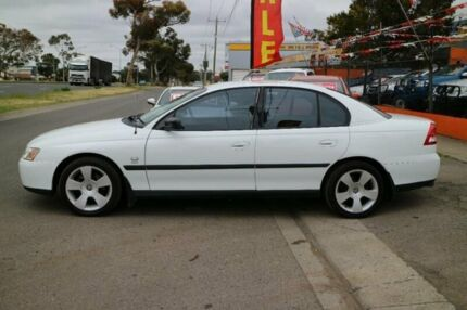 2004 Holden Commodore VY II Executive White 4 Speed Automatic Sedan Brooklyn Brimbank Area Preview