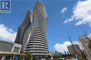 Spacious Layout,2+1Beds,2Baths,50 ABSOLUTE AVE, Mississauga