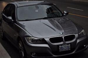 2011 BMW 323i 73,000km