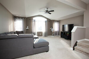 Amazing Huge 5 Bedroom With A Second Family Room On Second Floor London Ontario image 10