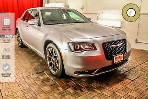 2015 Chrysler 300 LEATHER! SUNROOF! BACK UP CAM!