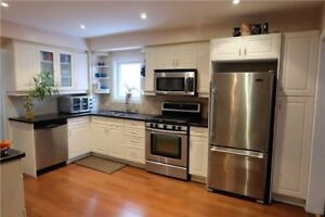 Lovely 3+1 Bdrm Home Has New Kitchen Cabinets *AJAX*