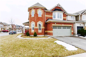 Detached house for Rent in Milton