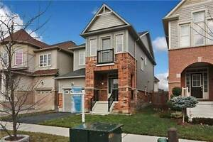 Beautiful Detached House for Lease On The Whitby Shore!