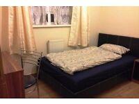 Lovely single bedroom in freshly repainted property!!!