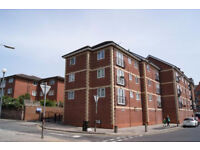 2 bedroom flat in Bishops Court, Aigburth, Aigburth, L17