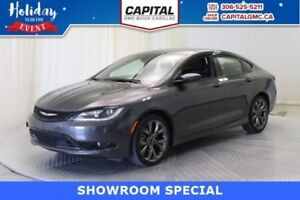 2016 Chrysler 200 S*Leather-Sunroof-Navigation*