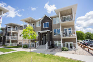 **OPEN HOUSE OCT 1st 1-3pm**Condo Just Minutes to Steinbach