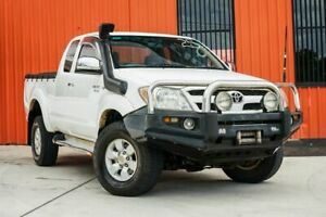 2005 Toyota Hilux GGN25R MY05 SR5 Xtra Cab White 5 Speed Manual Utility